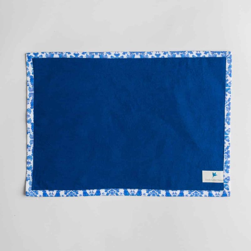 Luxury organic abstract tessellating floral blue placemat back