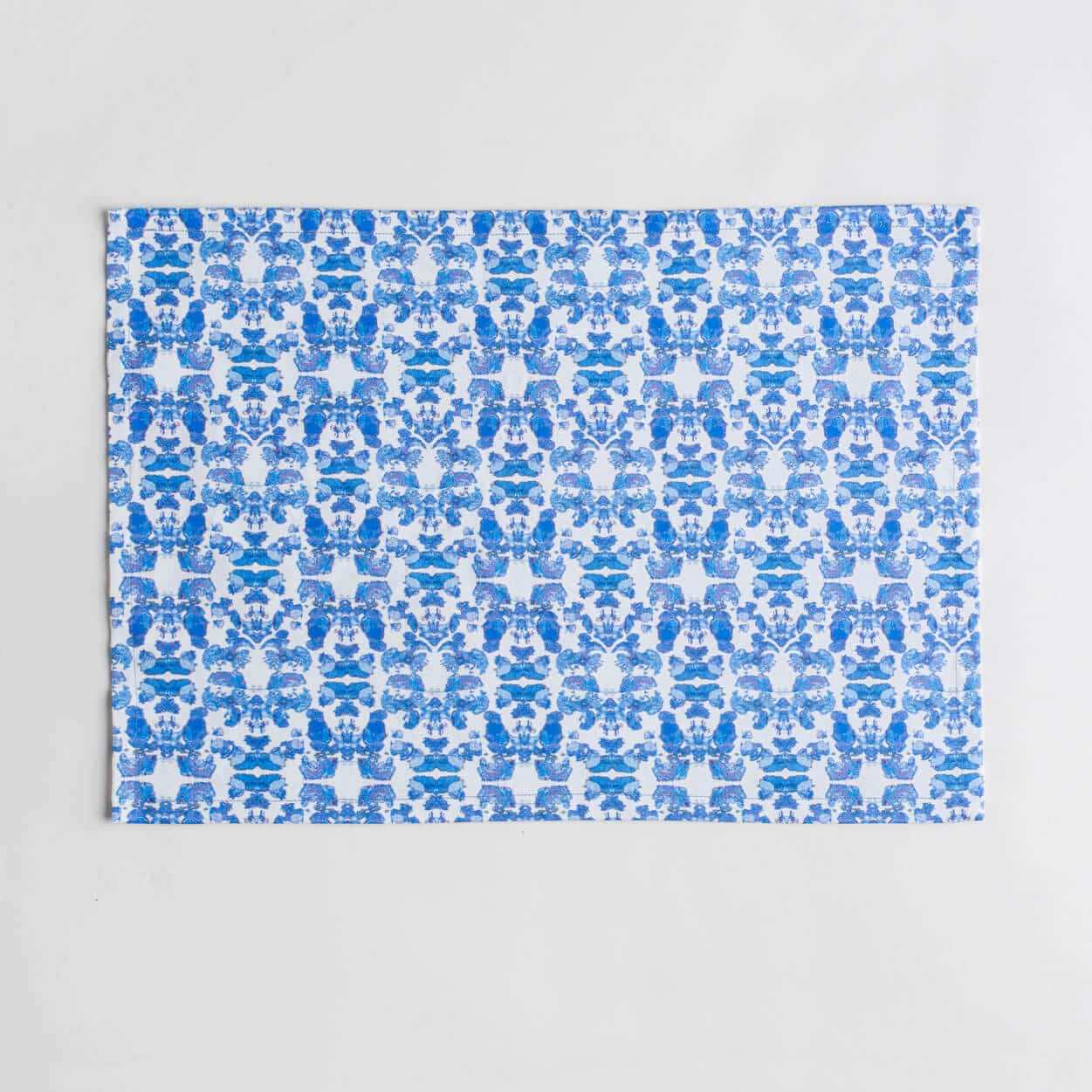 Luxury organic abstract tessellating floral blue placemat face