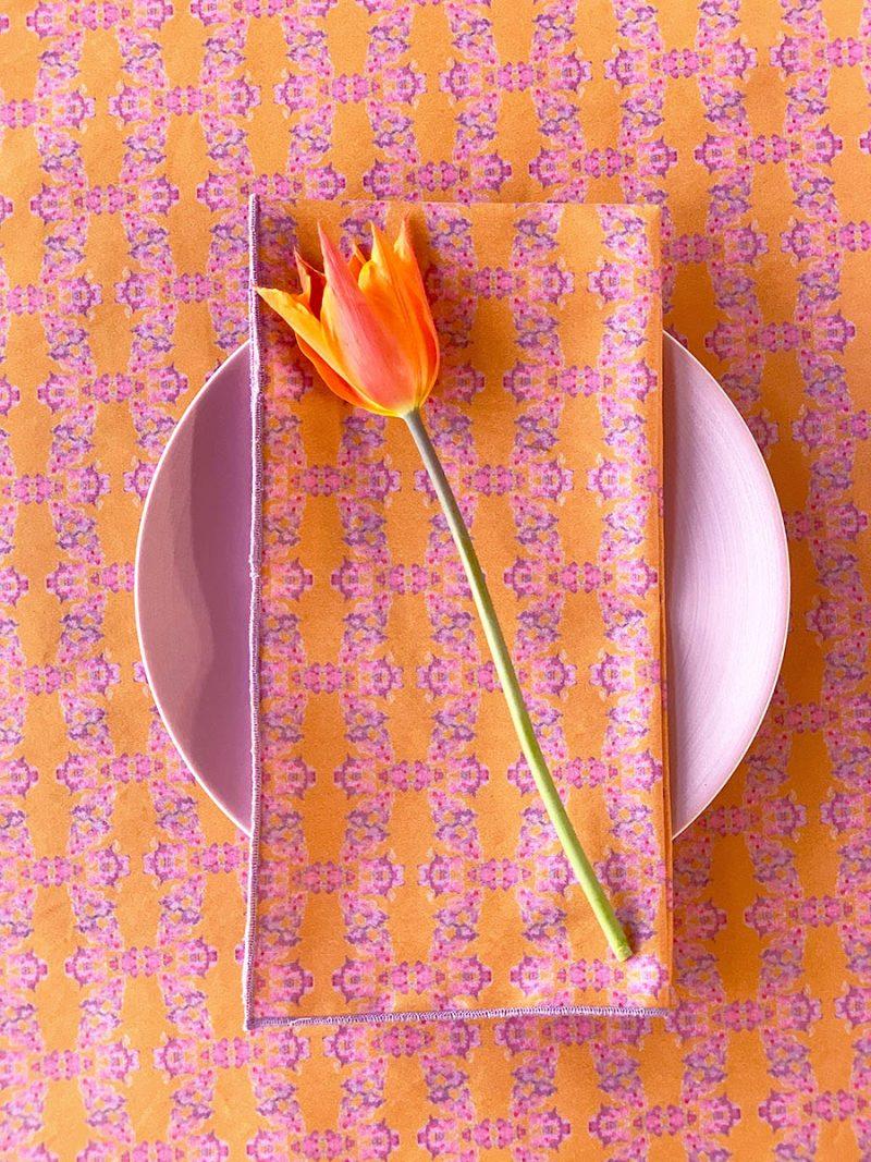 Prisma orange organic cotton table top