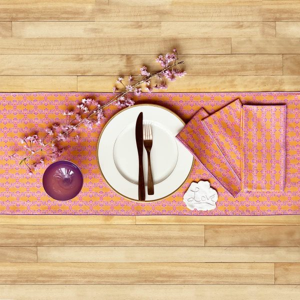 Prisma orange table runner and napkins