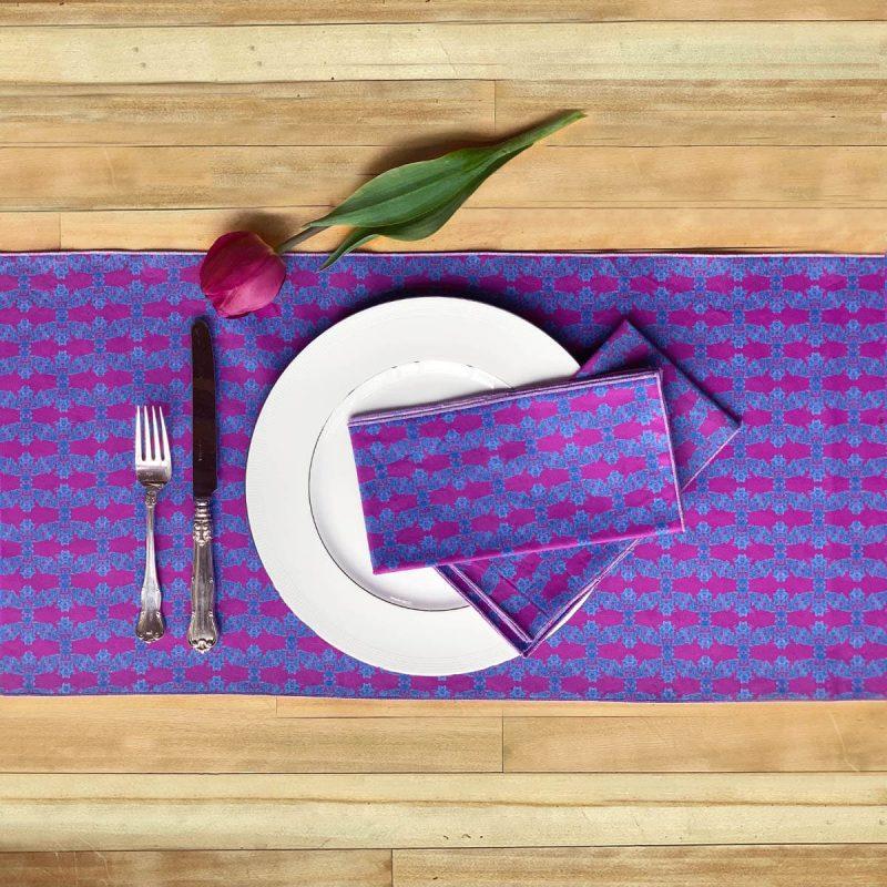 Prisma Isla Table runner and napkins