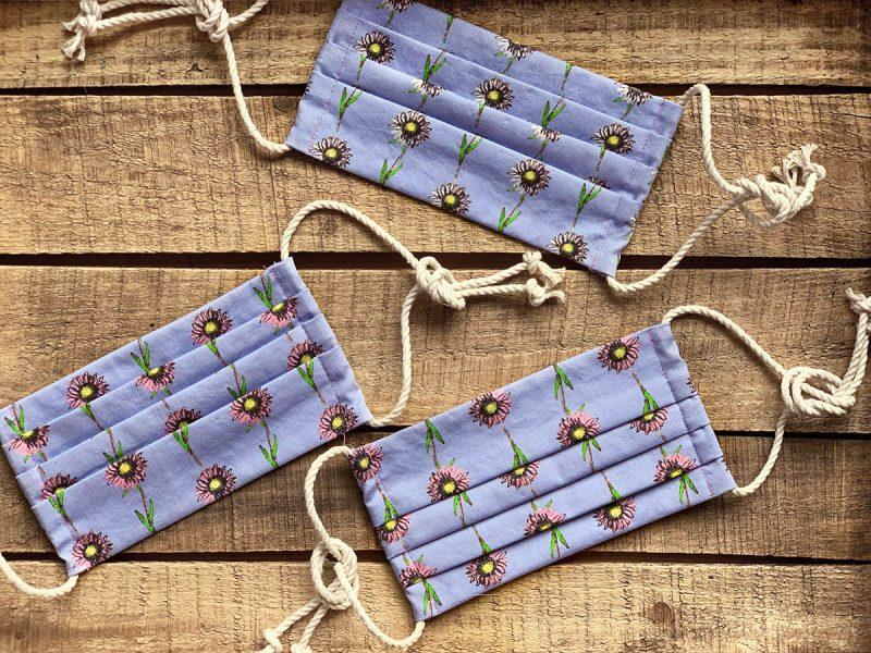 lavender daisy organic cotton cloth face mask