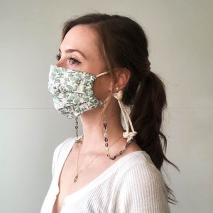 eco friendly mask chain in marbled grey