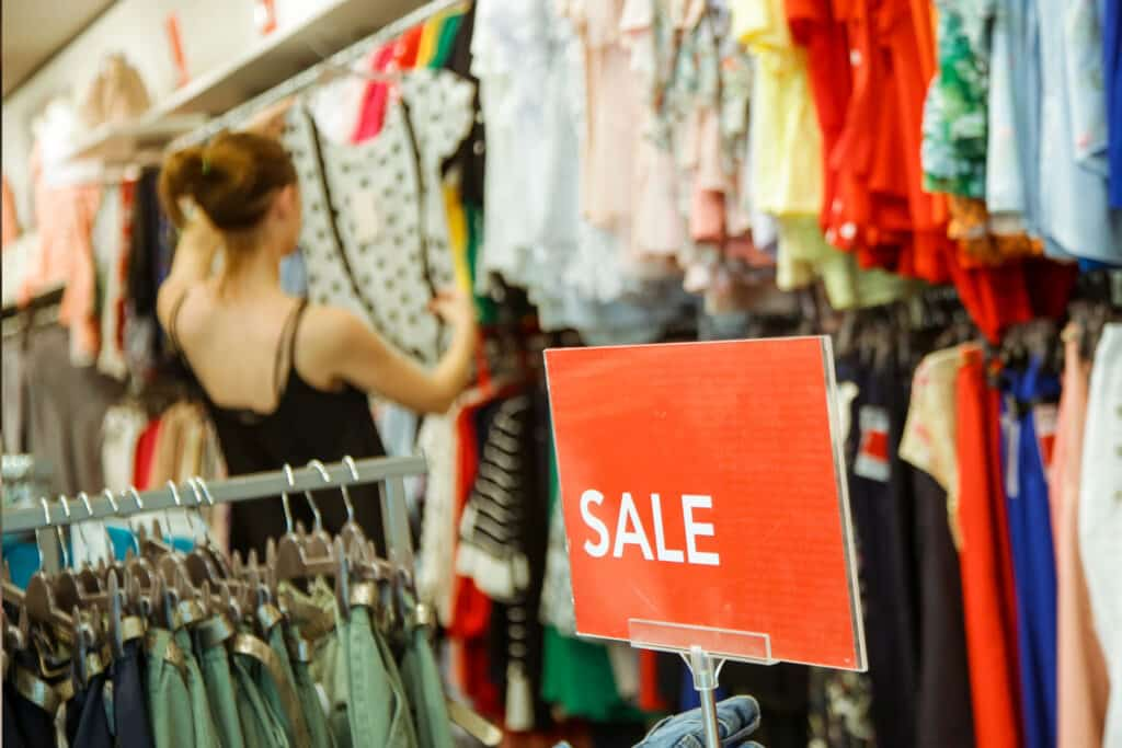 Sustainable Shopping: How to Spot a Greenwashing Brand
