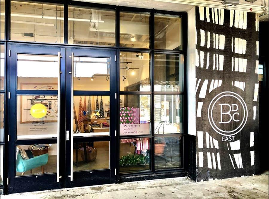 Linda Cabot Design boutique outside