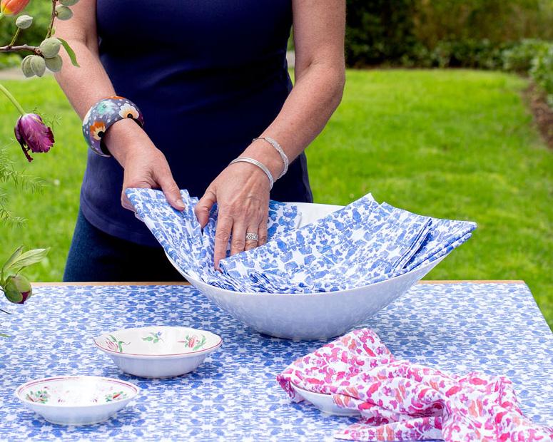 linda cabot design using a napkin to line a bowl or basket